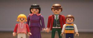 Foto van innerlijke familie met playmobil poppetjes